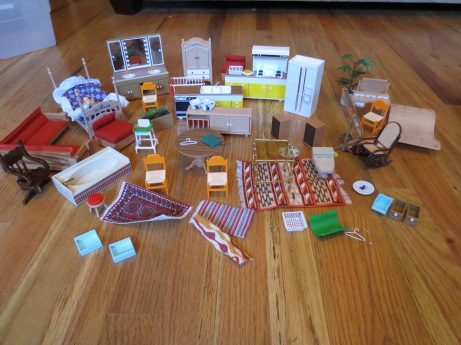 Cool dollhouse furniture.