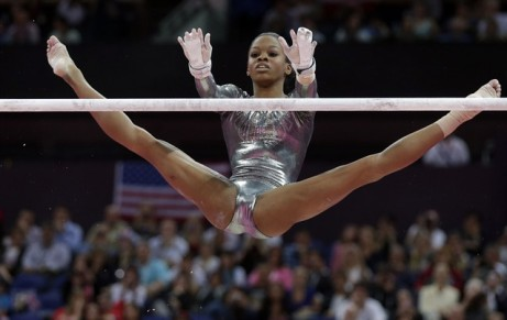 Gabby-Doulas-London-2012-Womens-Gymnastics-Individual-Uneven-Bars-Final-2