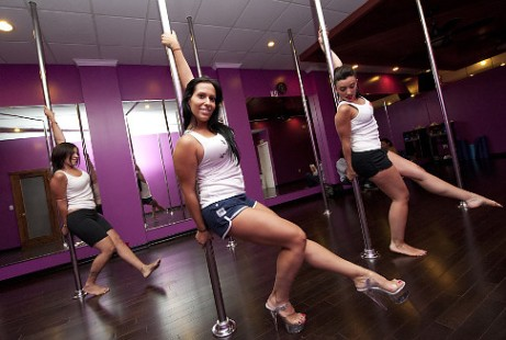 Stephanie Mancuso (c.), owner and instructor at Exotic Curves Pole Fitness Studio in Bay Ridge, Brooklyn, with students Tracy Caruso (r.), and Reeva G. (l.)   Original Filename: _JAM3895.jpg