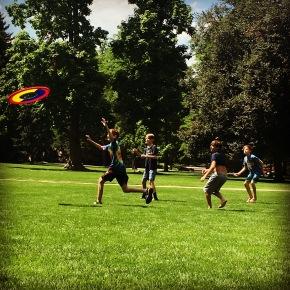 Frisbee on the quad